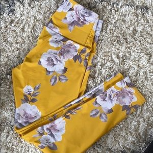 Onzie Activewear Leggings size S/M